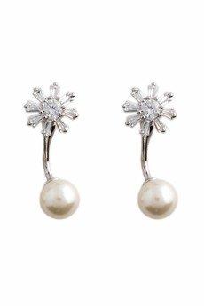 - Kolczyki z perłą
