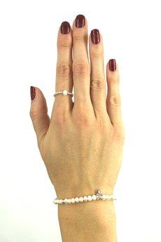 - Pierścionek elastyczny z perłą