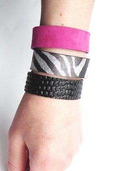 Mikashka - Komplet trzech bransoletek skórzanych zebra fuksja
