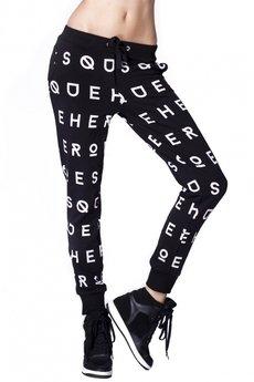 Spodnie w litery czarne 2