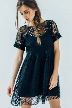 Sukienka z koronki 03.jpg