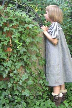 decodada - sukienka z karczkiem w paski