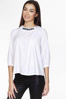 ABG - Biała bluzka ze zdobionym dekoltem