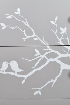MIA home passion - Komoda drewniana z ptaszkami