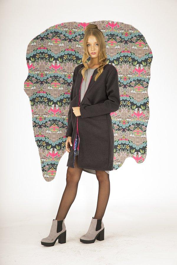 8cd065f9790846 Płaszcz Streetwear Azzurro - Wiele Kolorów | Naoko | Płaszcze Damskie |  Mustache.pl