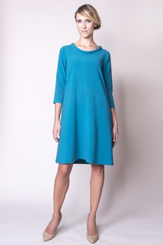 - Sukienka ze stójką