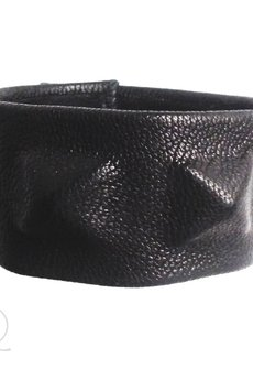 Mikashka - Bransoleta skórzana piramidki czarna