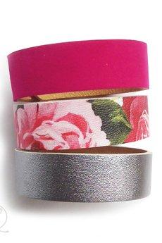 Mikashka - Komplet bransolet skórzanych kwiaty różowe