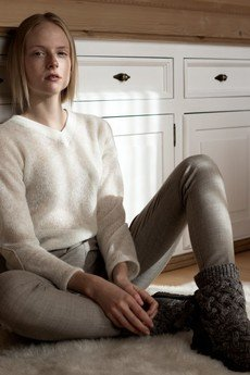 MROVCA - Sweter