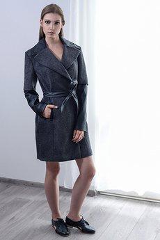 Anna Bartula - Płaszcz z podwójnym rękawem