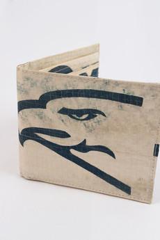 Portfel meski z logiem orla wyprodukowany z worka po 655c91