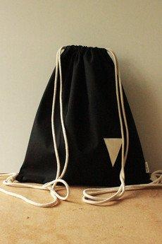 Szczypta - Czarny worek bawełniany z białym trójkątem i kieszenią wewnętrzną