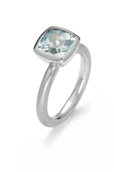 Firma Jubilerska JUNG - srebrny pierścionek z topazem
