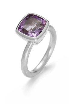 Firma Jubilerska JUNG - srebrny pierścionek z ametystem