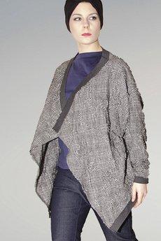 Non Tess - haftowana bluza ze ściągaczem