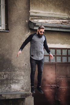 The Urban Beard - Long sleeve knife