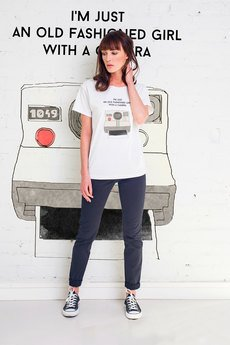 GAU great as You - GIRL WITH CAMERA t-shirt oversize