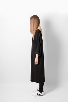 REST FACTORY - OVERSIZE NECKLINE BLACK DRESS