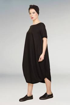 Non Tess - mała czarna elegancka sukienka oversize luźny fason