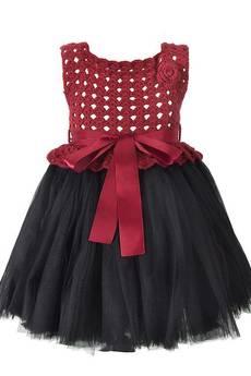 Dobrzykowska - Bordowa sukienka szydełkowa z tiulem