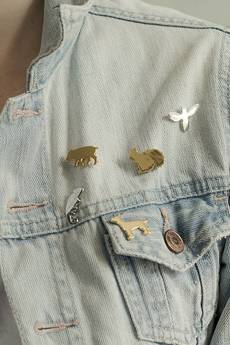 Animal Kingdom - Pin ♡ złocony jack russel