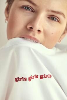 xxx-momu - girlsgirlsgirls