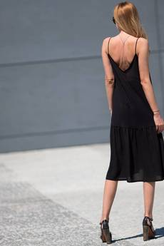 Candy Floss - Sukienka oversize z falbaną