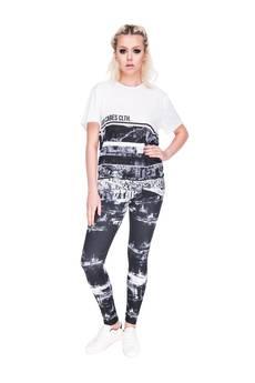 Who Cares - T-shirt City Walls