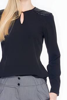 Soleil - Czarna bluzka z pikowanymi wstawkami na ramionach ABK0016