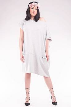Soleil - Asymetryczna tunika /sukienka z  kominem SL2144SP Size Plus