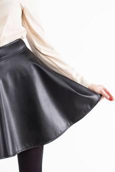 Soleil - Rozkloszowana spódnica z eko skóry SL6040