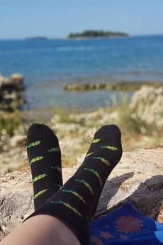 4LCK - 4LCK Śmieszne czarne skarpetki w zielone Żółwie