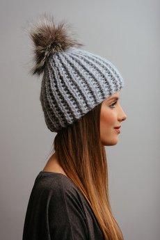 POMPOM - POMPOM - szara czapka z naturalnym futerkiem