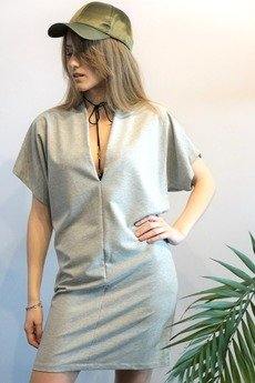 MIW Collection - Sukienka  z głębokim dekoltem