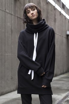 The Hive - MODS LONGLINE TURTLENECK JUMPER