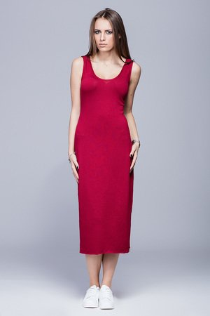 Dopasowana sukienka-bordo.H026