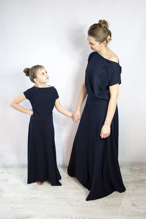 04f20711ce Sukienka Długa Dzianinowa Umut Granatowa - Granatowy