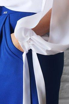 Materialowe spodnie damskie z szerokimi nogawkami