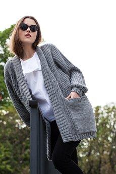 MAGDA HASIAK - sweter TRIUMF