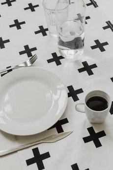 So Homely - Bieżnik na stół plusy
