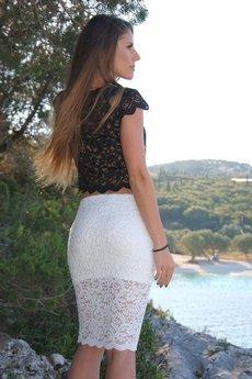 WOW - Krótka czarna koronkowa spódnica Long Legs