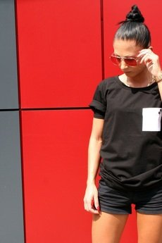 - T-SHIRT ONE POCKET TEE UNISEX kolory