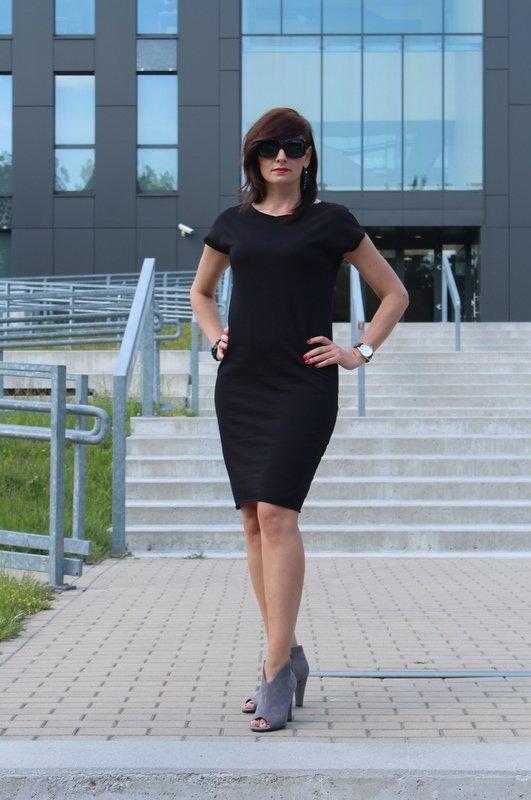 Sukienka Klasyczna Mała Czarna Czarny   Szarymary
