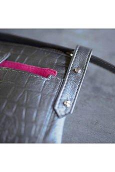 Emilia Arendt - Skórzana damska torebka typu nerka szyta ręcznie ze skóry w krokodylim wzorze