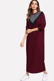 Bien Fashion - Bordowa sukienka bluzowa maxi z wzorem V
