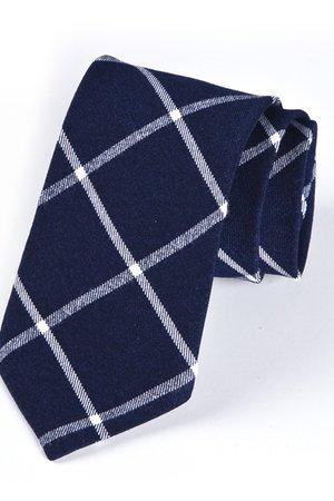Krawat męski w kratkę na granatowym tle