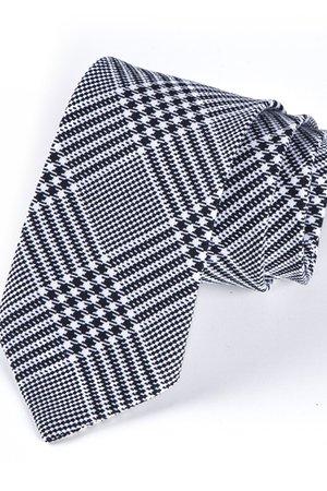 Krawat męski w klasyczną kratkę