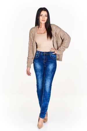 Jeansowe rurki z dekatyzowanym efektem
