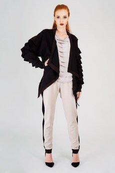 Non Tess - czarna bluza z falbankami