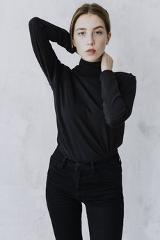 The Hive - BRUSHED TURTLENECK